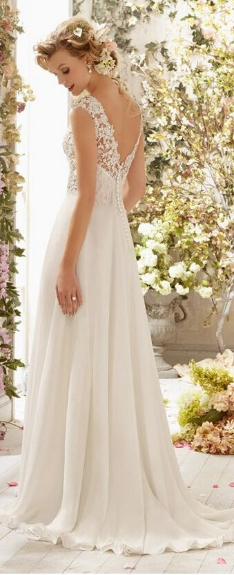 Novias 2015 for Wedding dress with buttons all the way down